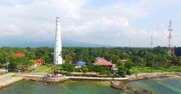 Tempat Wisata Sejarah Desa Cikoneng, Anyer Banten